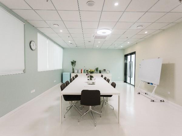 工厂会议室